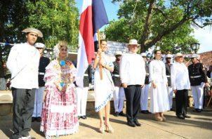 Varela tuvo su propia tarima en La Villa para no estar junto al alcalde 'Pany' Pérez. Foto de Cortesía