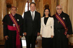 Ambas autoridades de la iglesia Católica en Panamá recibieron la orden Vasco Núñez de Balboa, en Grado de Gran Cruz.