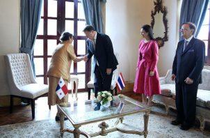Presidente Juan Carlos Varela recibe la visita de una princesa para acuerdo culinario. Foto: Ministerio de la Presidencia.