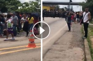 Los brasileños destruyeron y quemaron los campamentos venezolanos. Luego los obligaron a irse cantando en himno nacional de ese país. Foto: EFE.