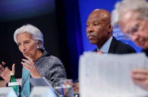 """La directora gerente del FMI, Christine Lagarde, repitió durante la semana el mantra del """"momento delicado"""" de la economía mundial. Foto:EFE."""