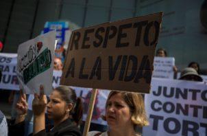 """En las cárceles del Estado venezolano se han registrado más de 250 casos de tortura a los llamados """"presos políticos"""", entre los que hay civiles y militares, denunció la ONG Coalición por los Derechos Humanos y la Democracia. FOTO/EFE"""