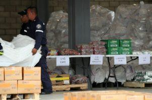 """Maduro reiteró que estas donaciones forman parte de un """"show"""" para invadir militarmente el país y desalojar al chavismo del poder, que disfruta desde 1999."""