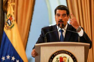 """""""Venezuela tiene un sistema muy completo de defensa aérea, equipos de transporte terrestre y aéreo que ha adquirido en Rusia durante más de quince años y que requieren un constante intercambio"""", enfatizó Gil."""