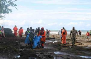 Hace menos de un año y a pocos minutos de esta playa fallecieron tres personas ahogadas cuando se bañaban en Playa Morrillo del distrito de Mariato. Foto/Melquiades Vásquez