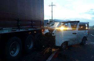Se iniciaron las investigaciones del accidente. Foto: Víctor Eliseo Rodríguez.
