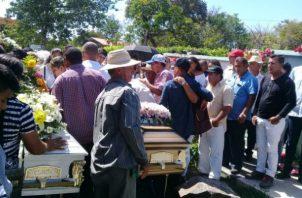 Los enterraron en el cementerio municipal de Atalaya. Foto: Melquíades Vásquez.
