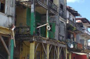 Estas edificaciones fueron abandonadas, al mudarse sus residentes al proyecto de Altos de los Lagos. Diómedes Sánchez