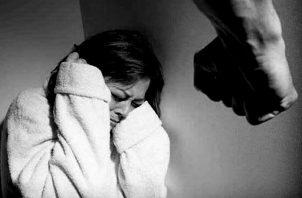 Los casos de violencia contra  la mujer han ido en aumento en el país.