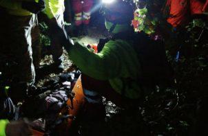 La búsqueda de los ciudadanos se realizó ayer, miércoles, a las 9:30 p.m. en la cima del volcán Barú.