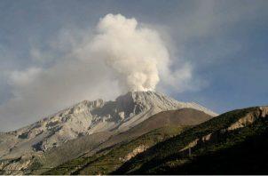 Un residente en la localidad de Santiago de Machaca, René Apaza, declaró a los medios tener informaciones de que la nube del volcán llegó a zonas del altiplano como Viacha, cerca de La Paz.