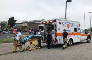 El sospechoso fue llevado a un hospital de Memphis. No fue posible saber su estado de salud por el momento. FOTO/AP