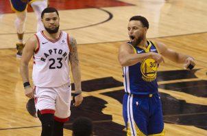 Thompson  y Curry lideraron el ataque de Golden State.