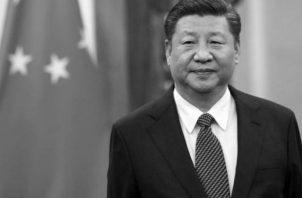 El presidente de China, Xi Jinping  en la Presidencia de la República, durante su visita a Panamá.