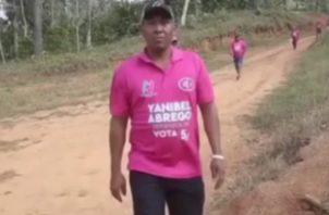 Personal identificado con miembros de la campaña de Yanibel Ábrego.
