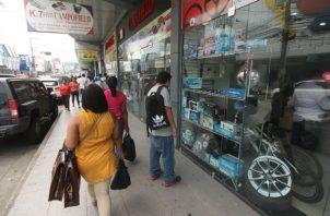 La medida adoptada por algunas aseguradoras afecta a comerciantes.