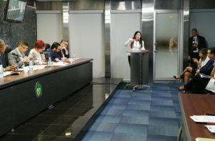 La Comisión de Gobierno de la Asamblea Nacional prohijó de forma unánime la propuesta de Zulay Rodríguez. Foto: Asamblea Nacional.