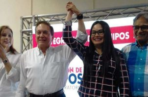 Presidente electo Laurentino Cortizo junto a diputada del 8-6, Zulay Rodríguez.