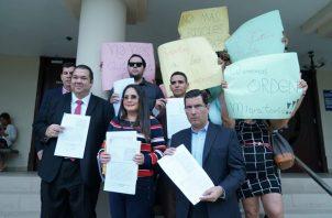 Zulay Rodríguez afirma que el decreto flexibiliza las normas del país y promueve el descontrol migratorio.