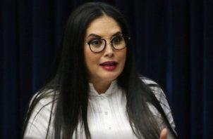 La diputada Zulay Rodríguez pide a la directiva de la Asamblea, de la que forma parte, que se ponga fecha a la citación del contralor. Foto de archivo