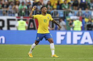 Neymar durante el partido frente a México. Foto AP
