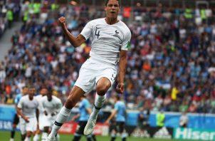 Raphael Varane celebra su gol. Foto EFE