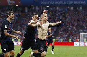 Domagoj Vida anotó el gol que le daba ventaja parcial a Croacia sobre Rusia en tiempos extras. Foto AP