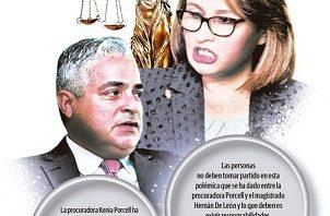 Kenia Procell, procuradora y Hernán De León, Magistrado de la Corte.