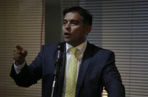 Valderrama asegura que él ha actuado con total transparencia. Víctor Arosemena