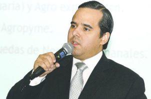 Ministro Eduardo Carles.