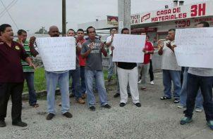 """Taxista piden que se elimine el pago del """"zarpe"""". Foto/Eric Montenegro"""