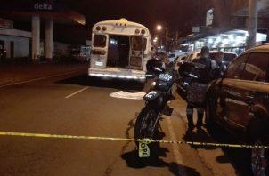 Las llantas traseras del bus de Capira le pasaron por encima al hombre de 22 años, Foto/Eric Montenegro