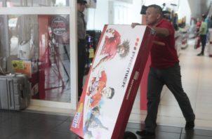 Las ofertas en el Panamá Black Weekend oscilan entre el 20% al 70% en las 2 mil tiendas que participan en la actividad. Víctor Arosemena