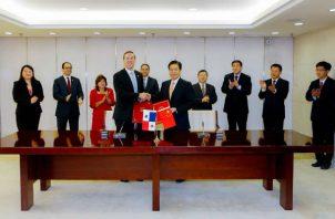 Polémica ha desatado entre los panameños la ubicación de la embajada de China en las riberas del Canal de Panamá.