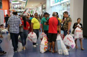 La promoción internacional del Panamá Black Weekend tuvo su impacto, porque el comercio facturó, en otra época, para septiembre, el ambiente estaría  deprimido en los establecimientos. Foto/Cortesía