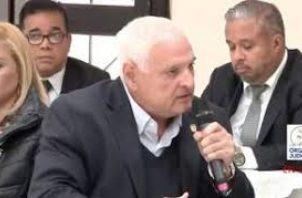El expresidente Ricardo Martinelli aseguró que no quieren hacerle una evaluación médica. Foto: Víctor Arosemena.