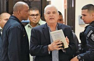 Ricardo Martinelli denuncia la violación de su inmunidad cuando era diputado del Parlacen. Foto: Archivo.