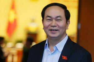 Nguyen Quoc Trieu, jefe de la Comisión de Sanidad de altos cargos, declaró al portal VnExpress que Quang estaba aquejado de una rara afección vírica desde julio de 2017.