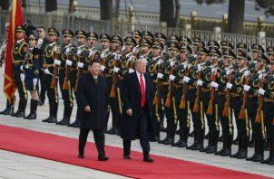Donald Trump y el presidente chino, Xi Jinping firmarían el acuerdo en noviembre próximo. Foto: Archivo/Ilustrativa.,