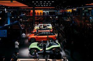 Volkswagen compensa emisiones adicionales al financiar proyectos en selvas tropicales. Vehículos eléctricos. Foto/ Felix Schmitt para The New York Times.