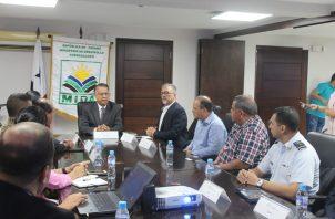 La Comisión Técnica de Apoyo decidirá las acciones necesarias para evitar la introducción de plagas.