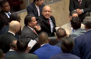 La sesión permanente se suspendió hasta el miércoles 16 de octubre. Foto: Telemetro Reporta.