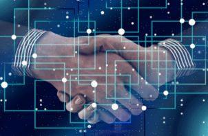 Las empresas que no aplican el blockchain no serán competitivos con el resto del mundo.