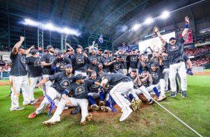 Astros festejan el título de la Liga Americana. Foto: @MLB