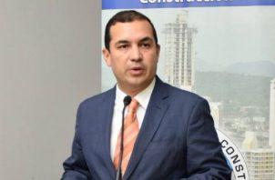 Actualmente, Héctor Ortega, funge como presidente de la Cámara Panameña de la Construcción.