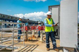 Las10 bombas de la Potabilizadora de Chilibre se encuentran mandando los 250 millones de galones de agua a las líneas. Foto/Cortesía