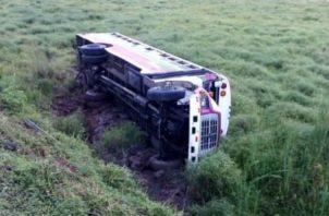 Según el conductor, el autobús se quedó sin frenos. Foto: Eric A. Montenegro.