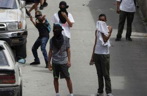 Otras protestas, con pocas personas participando, se registraron en las salidas hacia el norte y oriente del país.