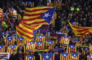 El primer clásico se jugará en el Camp Nou Foto AP