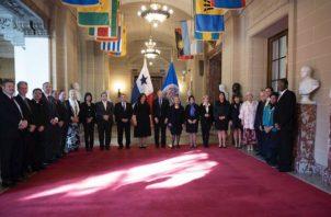 Ceremonia de presentación de credenciales, que acreditan a la Embajadora María Roquebert.